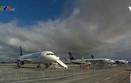 Boeing ký hợp đồng máy bay 737 MAX đầu tiên
