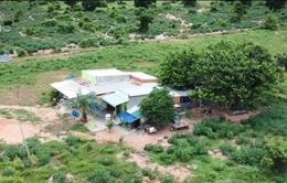 Hỗ trợ người dân nghèo vùng hạn phòng ngừa COVID-19