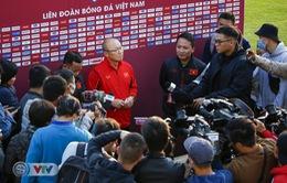 HLV Park Hang Seo lý giải nguyên nhân triệu tập Văn Quyết