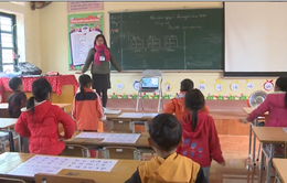 Thầy cô giáo chung tay chống rét cho học sinh vùng cao