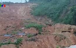 Sạt lở uy hiếp khu dân cư ở Sơn Long, Quảng Ngãi