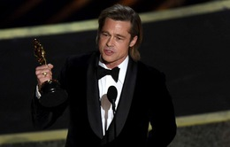 Brad Pitt dành tặng tượng vàng Oscar cho các con