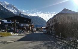 5 người Anh nhiễm virus corona tại khu nghỉ dưỡng trượt tuyết của Pháp