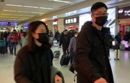 Trung Quốc tạm dừng nhập cảnh với người nước ngoài