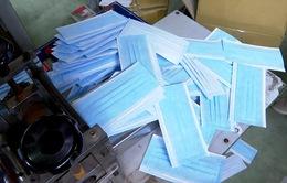 Hà Nội: Phát hiện 2 vụ gom khẩu trang y tế bán giá gấp 5 lần