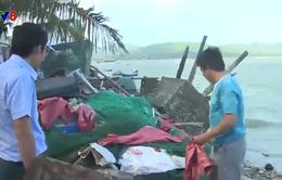 Bảo vệ vùng nuôi tôm hùm từ việc thu gom rác thải