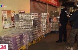 Ăn cắp giấy vệ sinh tại Hong Kong (Trung Quốc)