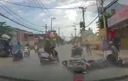 Truy bắt băng cướp dùng bình xịt hơi cay chống trả khi bị truy đuổi