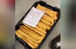 Triệt phá đường dây nhập lậu máy tính xách tay, điện thoại từ Mỹ về Việt Nam