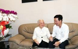 Đồng chí Võ Văn Thưởng thăm một số thầy thuốc tiêu biểu