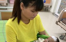 Sự sống mong manh của bé 1 tháng tuổi bị uốn ván sơ sinh
