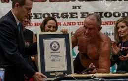 Lập kỷ lục thế giới giữ plank hơn 8 tiếng ở tuổi 62