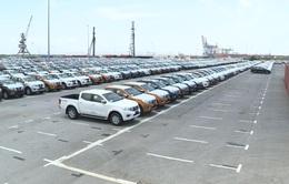 Lượng xe ô tô nhập khẩu vào Việt Nam tăng mạnh nửa đầu tháng 2