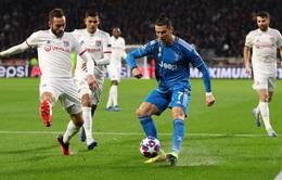 """Juventus thua muối mặt, C.Ronaldo bị chê """"vô hại"""""""