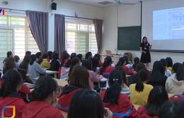 Trường Đại học Y Hà Nội vẫn duy trì việc học trong mùa dịch COVID-19