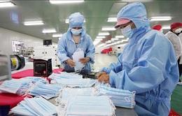 Grab trao tặng 100.000 khẩu trang cho Bộ Y tế