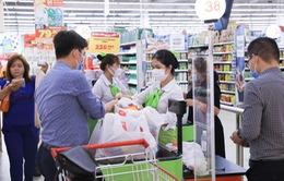 Lo ngại dịch Corona, người dân TP.HCM tăng mua thực phẩm