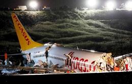 Máy bay Thổ Nhĩ Kỳ chở 177 người gãy làm 3