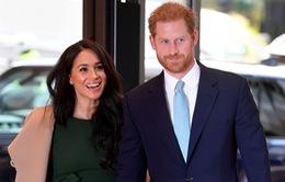 Vợ chồng Hoàng tử Harry tận hưởng cuộc sống bình yên tại Canada