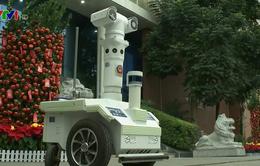 Trung Quốc triển khai robot ở Quảng Châu nhằm giảm nguy cơ lây nhiễm virus Corona