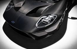2020 Ford GT bổ sung thêm sức mạnh với phiên bản Liquid Carbon Edition
