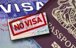 Tạm dừng đơn phương miễn thị thực với 8 nước châu Âu
