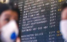 Làn sóng du khách rời châu Âu về Mỹ trước lệnh cấm bay