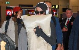 Đại dịch COVID-19 bùng phát, bà bầu Katy Perry vội vã rời khỏi Australia