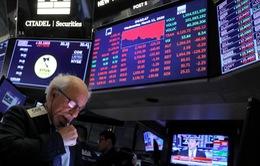 Thị trường chứng khoán châu Âu giảm điểm sau lệnh cấm bay của Tổng thống Mỹ