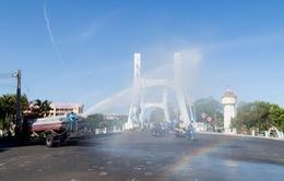 Bình Thuận: Phun xịt thuốc sát khuẩn diện rộng trên toàn thành phố Phan Thiết