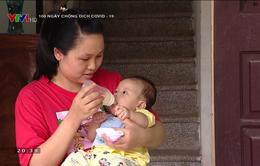 Em bé nhỏ tuổi nhất tại Việt Nam mắc COVID-19 hiện ra sao?