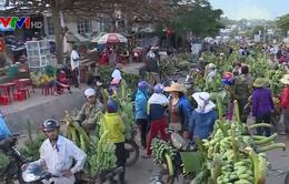 Nhiều tiểu thương buôn bán, lấn chiếm lòng lề đường tại Quảng Trị