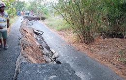 Sụt lún nghiêm trọng chia cắt xã đảo ở Cà Mau