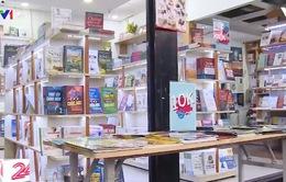 Xu hướng mua và đọc sách online gia tăng trong mùa dịch COVID-19
