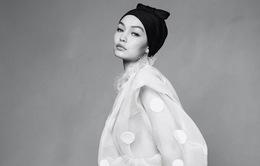 Gigi Hadid đẹp mê hoặc trên Harper's Bazaar tháng 4