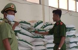 Phú Yên: Tạm giữ 21 tấn đường tinh luyện do nước ngoài sản xuất