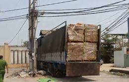 Đồng Nai: Tài xế xe tải bị điện giật tử vong khi đang dỡ hàng