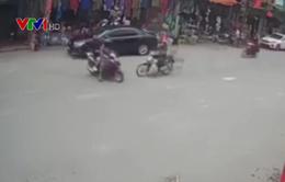 Gặp tai nạn do sang đường thiếu quan sát