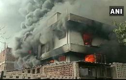 Nổ nồi hơi tại nhà máy hóa chất ở Ấn Độ, hơn 30 người thương vong