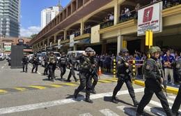 Hàng chục con tin bị bắt giữ trong trung tâm thương mại Philippines
