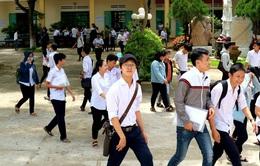 Hôm nay (2/3), nhiều địa phương cho học sinh cấp 3 đi học trở lại