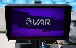 Ban điều hành VAR ở giải ngoại hạng trước thách thức ở mùa giải tới