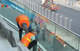 Không khí thi công tất bật tại đại công trình đường đua F1 trong giai đoạn nước rút