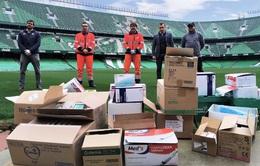 Real Betis ủng hộ thiết bị y tế cho bệnh viện địa phương