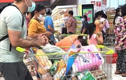Bangkok đóng cửa trung tâm thương mại để ngăn chặn COVID-19