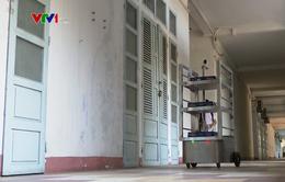 Đà Nẵng sử dụng robot phục vụ người nghi nhiễm COVID-19