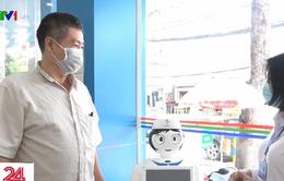 TP.HCM gấp rút hoàn thiện robot khử khuẩn trong bệnh viện