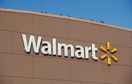 Dịch COVID-19: Walmart tăng mức lương tối thiểu cho người lao động