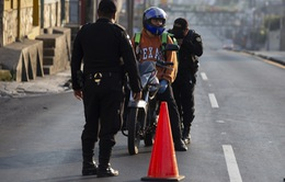 Dịch COVID-19: Số ca tử vong trên toàn cầu tăng lên hơn 18.000 người