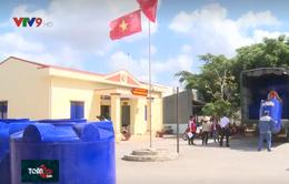 Bộ NN&PTNT trao tặng thùng chứa nước cho tỉnh Bến Tre và Sóc Trăng